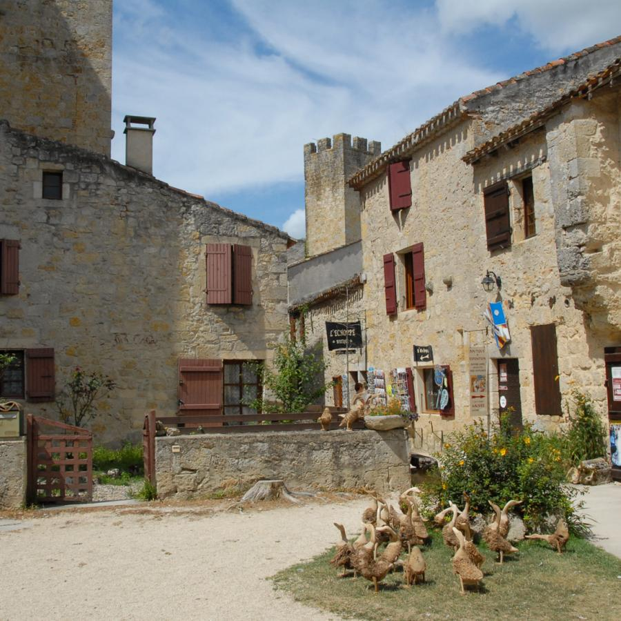 Le village de Larressingle